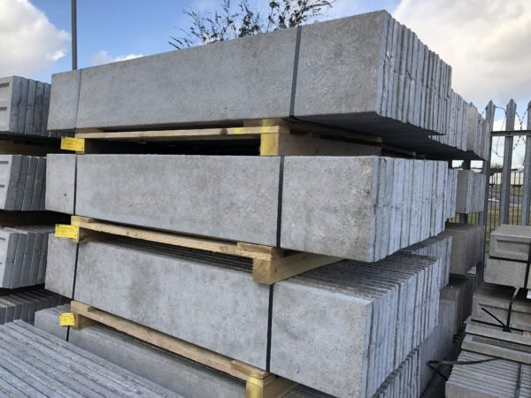 plain-concrete-gravel-board-2