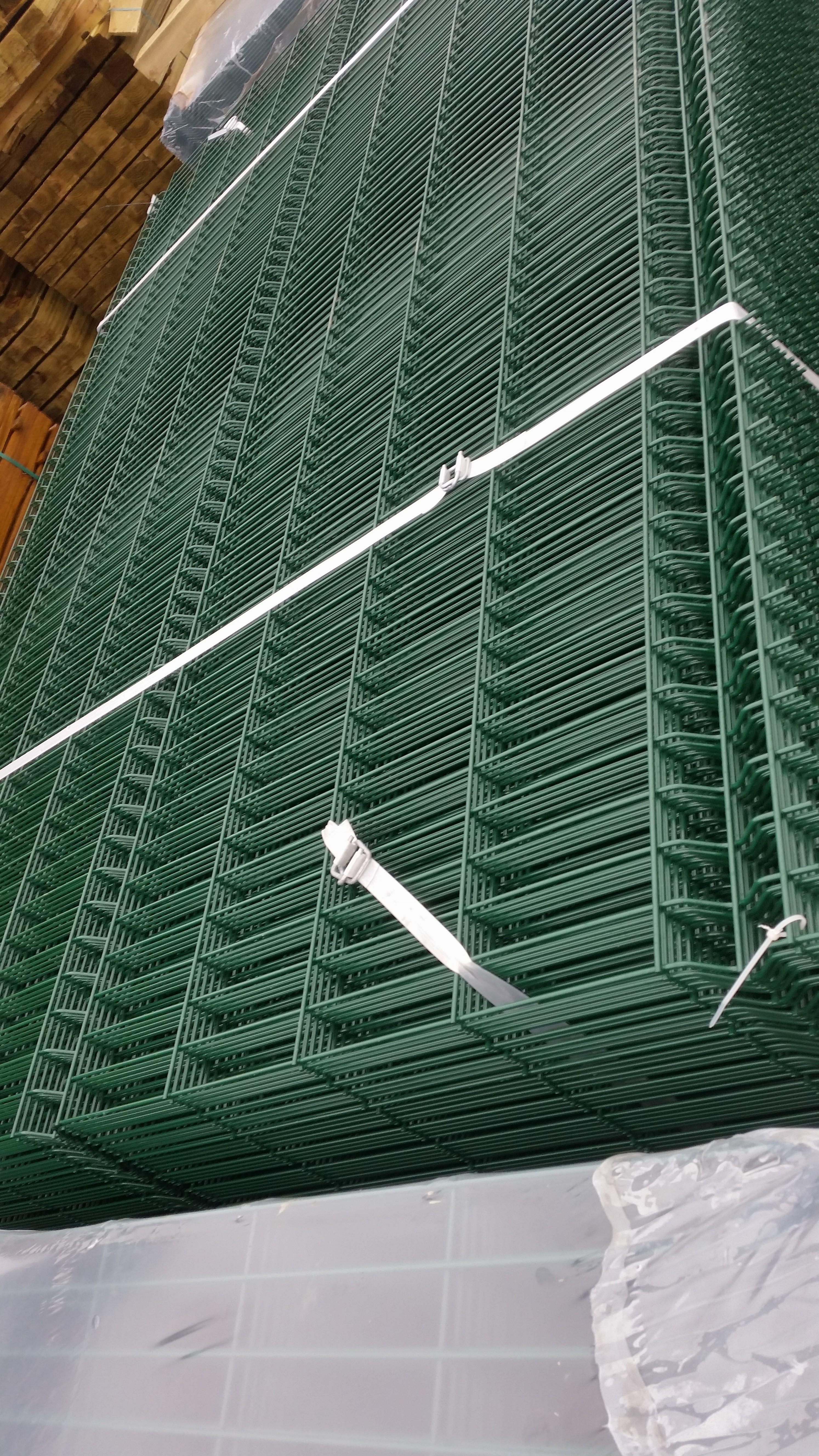 2 4m High V Mesh Oakdale Fencing